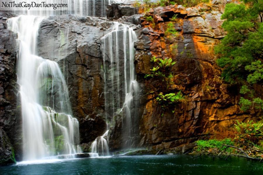 Tranh dán tường, thác nước chảy trên những vách đá