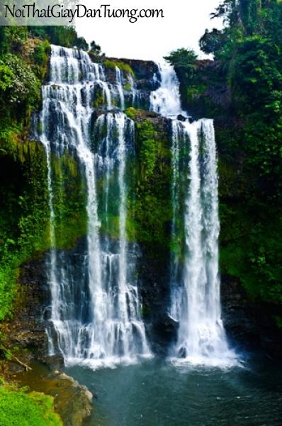 Tranh dán tường, thác nước hùng vĩ chảy từ trên cao xuống thung lũng với nhiều cây xanh DA3107
