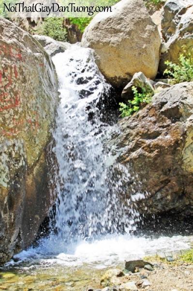 Tranh dán tường, vẻ đẹp của thác nước chảy qua những kẻ đá DA3128