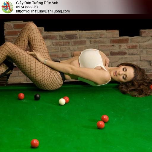 DA292-Tranh dán tường cô gái sexy chơi bi a, tranh tường cho quán bida