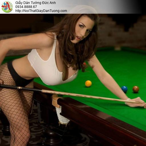 DA293 - Tranh dán tường cho phòng bida đẹp, co gái sexy chơi bi a đẹp