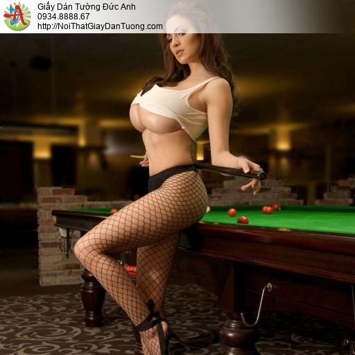 DA300 - Tranh dán tường cô gái sexy chơi bida, trang trí phòng bi a