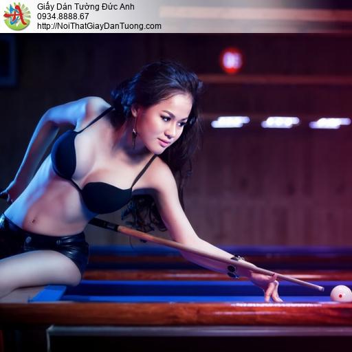 DA365 - Tranh dán tường cô gái mặc bikini chơi bida, girl billard sexy