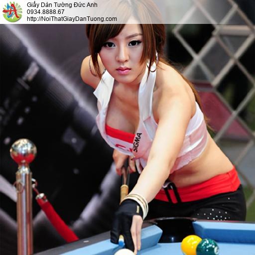 DA367 - Tranh dán tường cô gái sexy thi đấu bida quốc tế, phòng bida