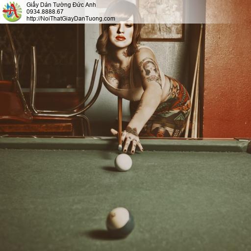 DA387- Tranh dán tường cô gái xăm hình chơi bida, bán tranh tại quận 9