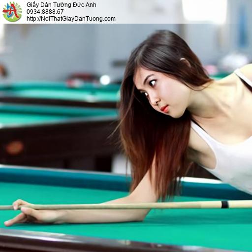 DA389 - Tranh dán tường cô gái sexy chơi bi-a tại quận Tân Phú