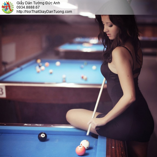 DA397 - Tranh dán tường cô gái chơi billard, Billiards & Snooker